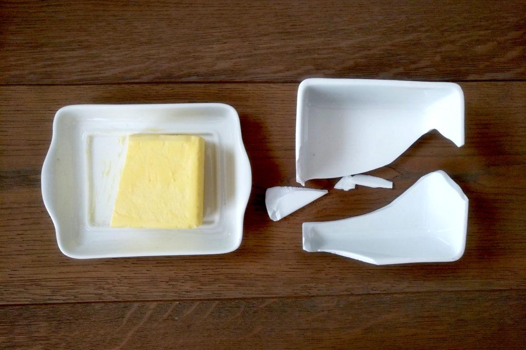 Zerbrochene Butterdose
