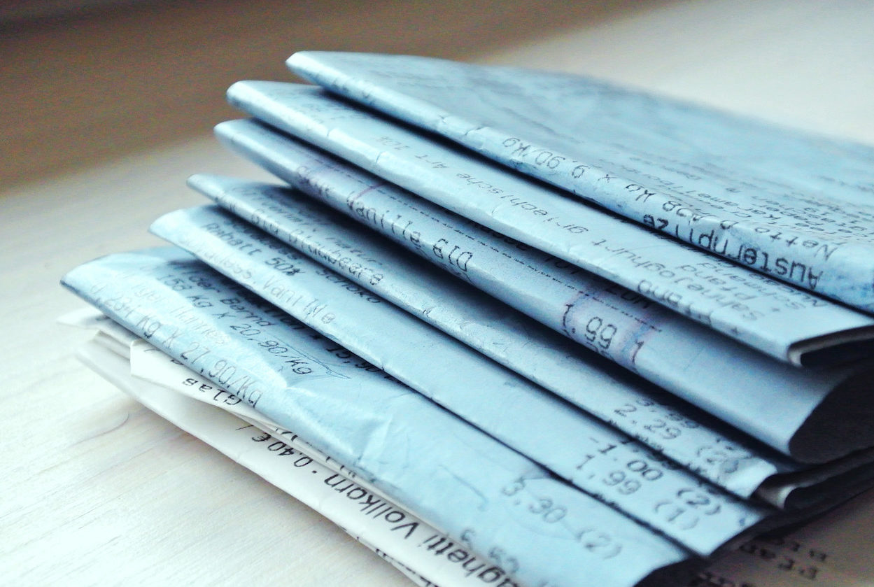 blaue Kassenzettel