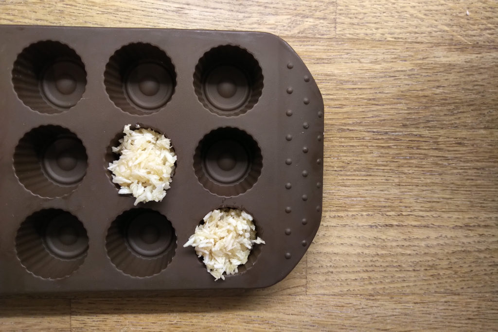 Kokoskonfekt in Silikonform